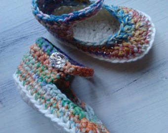 booties crocheted manually of cotton