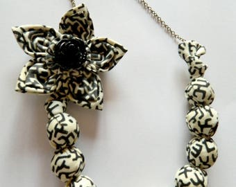 Necklace ball and flower, beige-gray-black tones
