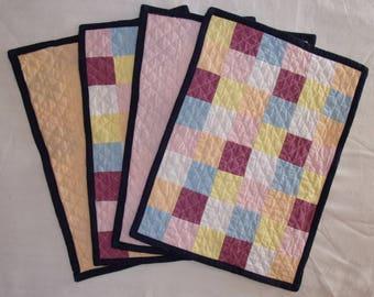 Quilted cotton - 4 pieces - pastel patchwork placemat