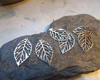 6 23mm x 14mm silver metal leaf pendants