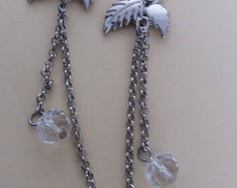 Earrings with chain and beads