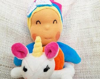 Plush Baby Rattle Unicorn buoy tipoupidou