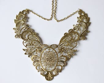 Bronze hinged 14 cm pendant