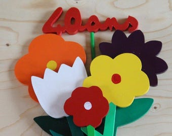 Personalized wooden flower bouquet