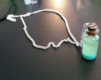 Beached Pendant Necklace