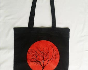 black tree print Tote