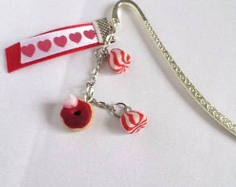 Bookmark red sweets Fimo