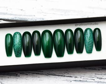 DARK GREEN GLASS press on nails | half transparent | witchy glitter | wicca false glue on nails | glossy and long pop on | coffin stiletto