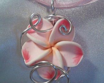 Silvered Metal pink plumeria Flower necklace *.