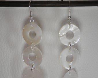 02174 - White Pearl Earrings