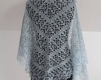 Gorgeous blue lace cloth, hand-knitted