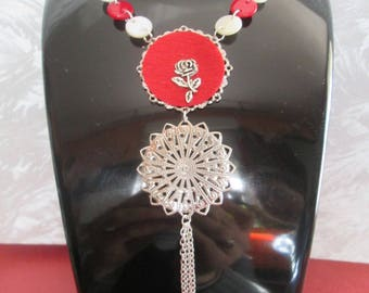 Necklace silver tone and pearly white and Red