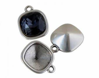 Pendant / Swarovski® ZAMAK Metal holder - silver - 4470 PENCAB17AG0526
