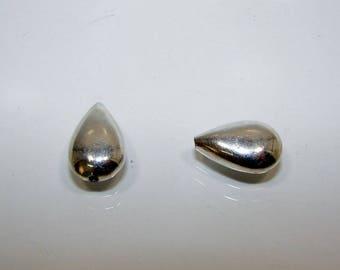 Silver Teardrop bead 15.00 by 10.00 mm.  Money first.