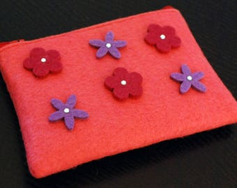 Pink pouch made of felt flowers & rhinestones