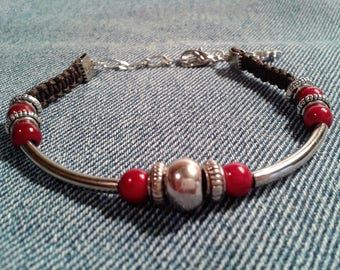 Bracelet silver and red magic pearls