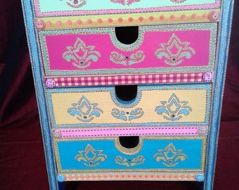 """Lutkica"" wooden chest"