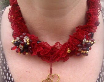 Victorian textile necklace * antique lace red and pearls