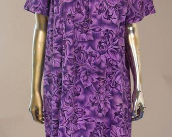 1960's Authentic Cotton Hawaiian Moo Moo Dress