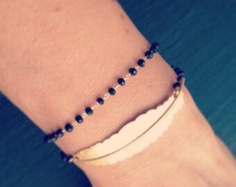 Double twist pen, gold chain bracelet black beads