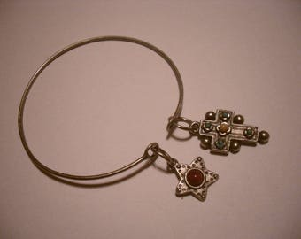 Silver Bangle with chic charm