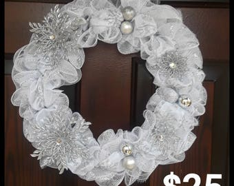 White/Silver Christmas Wreath w/ LIGHTS!
