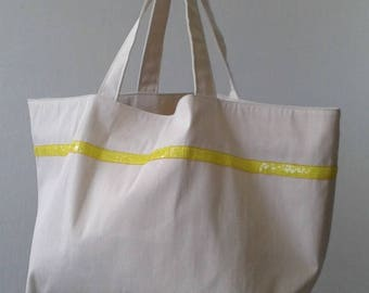 Tote Beach Tropic with gusset closure