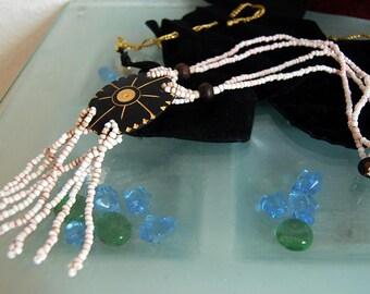 Necklace souvenir lointin
