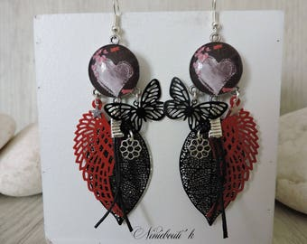 Red and black earrings, dangle