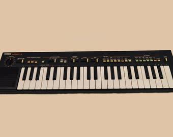Yamaha PortaSound PS-400