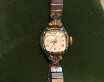 Vintage luxury Swiss Ladies Wrist Watch by Wyler