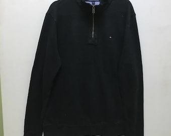 Simple!!! Tommy Hilfiger Small Logo Embroidered Half Zipper