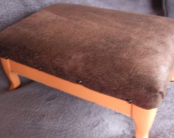 CHARMING REVAMPS FOOTSTOOL / LOW STOOL