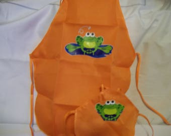 """18"""" doll and 2 child sized aprons"""