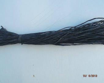 natural color raffia black skein of 18 meters