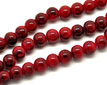 PV30 - Set of 25 red marbled glass 8mm round beads