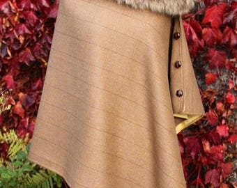 Brown  Lovat Tweed Cape/Poncho/Wrap with detachable faux fur collar