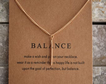 Balance card with chain in gold gilded necklace