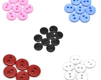 Set of 10 round 2 hole 11mm resin buttons