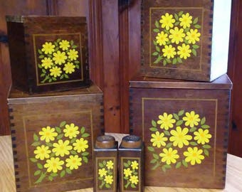 Vintage Wooden Daisy Canister Set with S&P