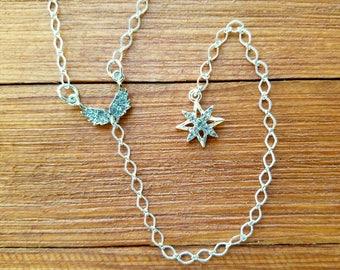 Silver tone Y necklace