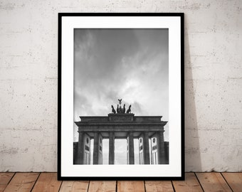 Set of 2 - Berlin Digital Print, Brandenburg Gate, Germany, City Photography, Urban, Black and White, Printable Wall Art, Home Decor, Poster