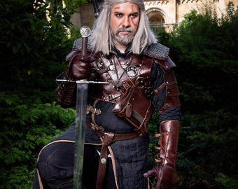 Geralt of Rivia Costume - Bear Armor Level 3