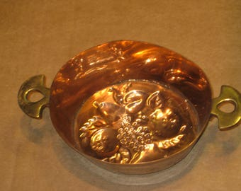 Copper Mold / Bowl     with fruit design                         [cin119bt]