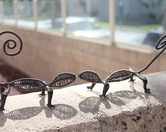 Hand made home decoration aluminum wire lizard reptiles Brown