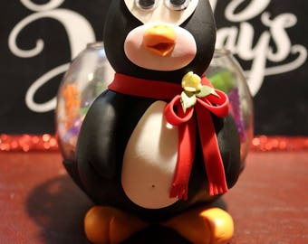 Pinguin candy holder
