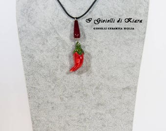 Rubber necklace with pendant chili!!