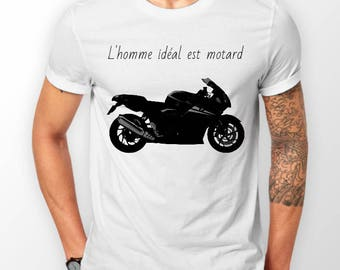"T-shirt ""the man is biker"" white"