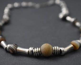 Necklace - Tibetan Agate Elegance