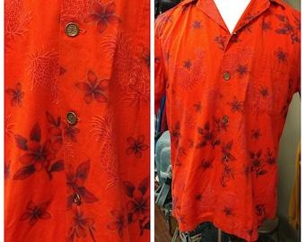 Vintage Ui-Maikai Red Hawaiian Plumeria Pineapple Shirt